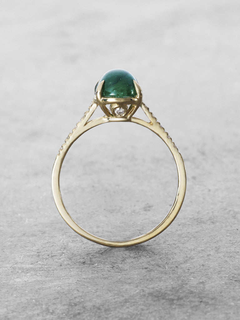 Guinevere Emerald Cabochon Ring 2