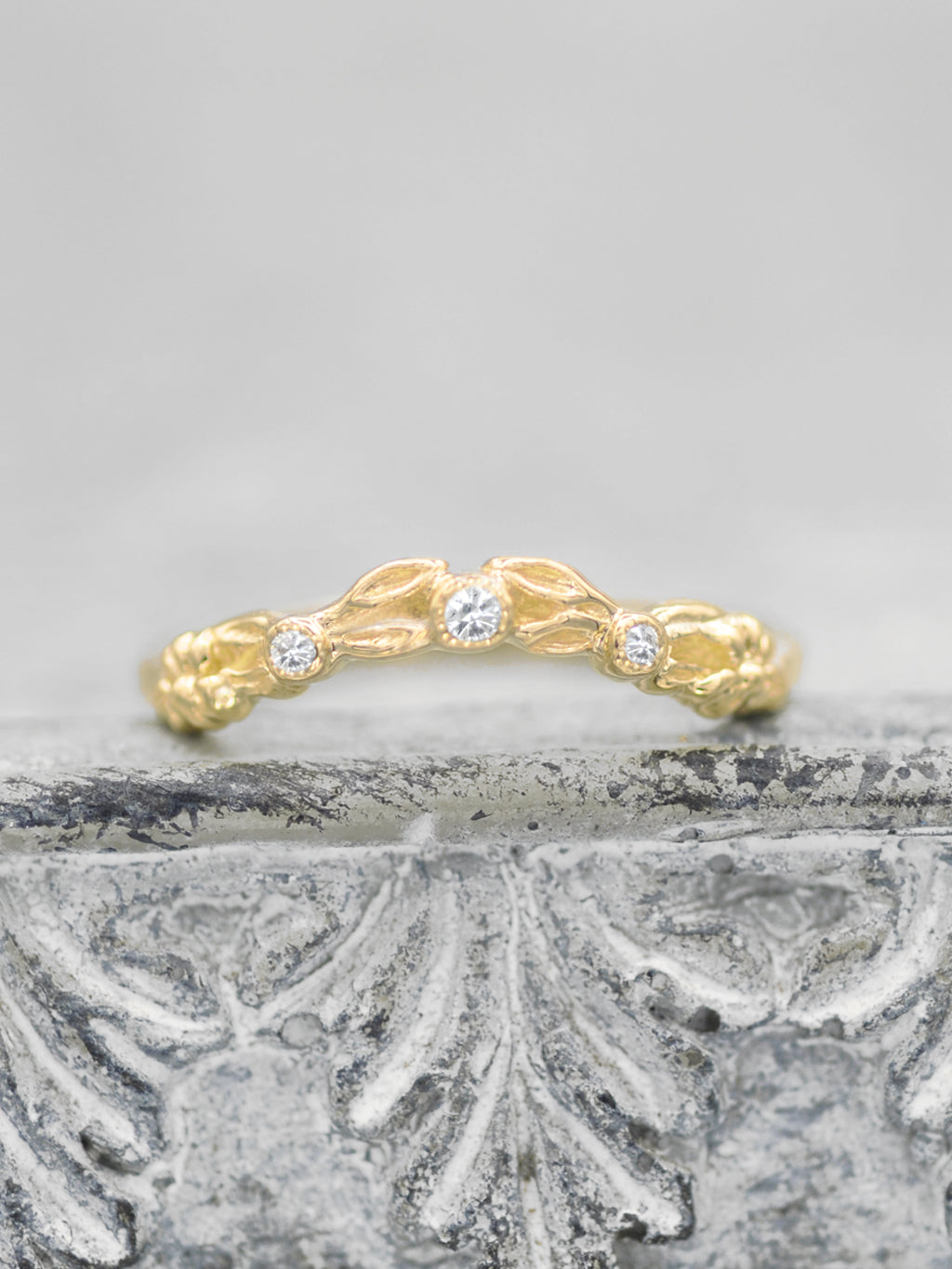 14K Enchanted Diamond Leaves - Curved Band