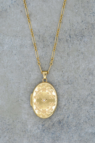 14K Daisy Diamond Starburst Locket
