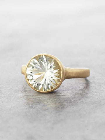 Sadie Solitaire Ring - Green Amethyst