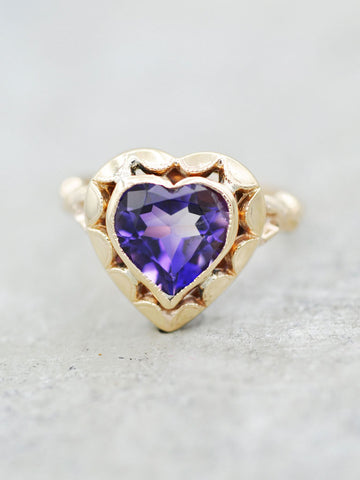 10K Amethyst Juliet Heart Ring