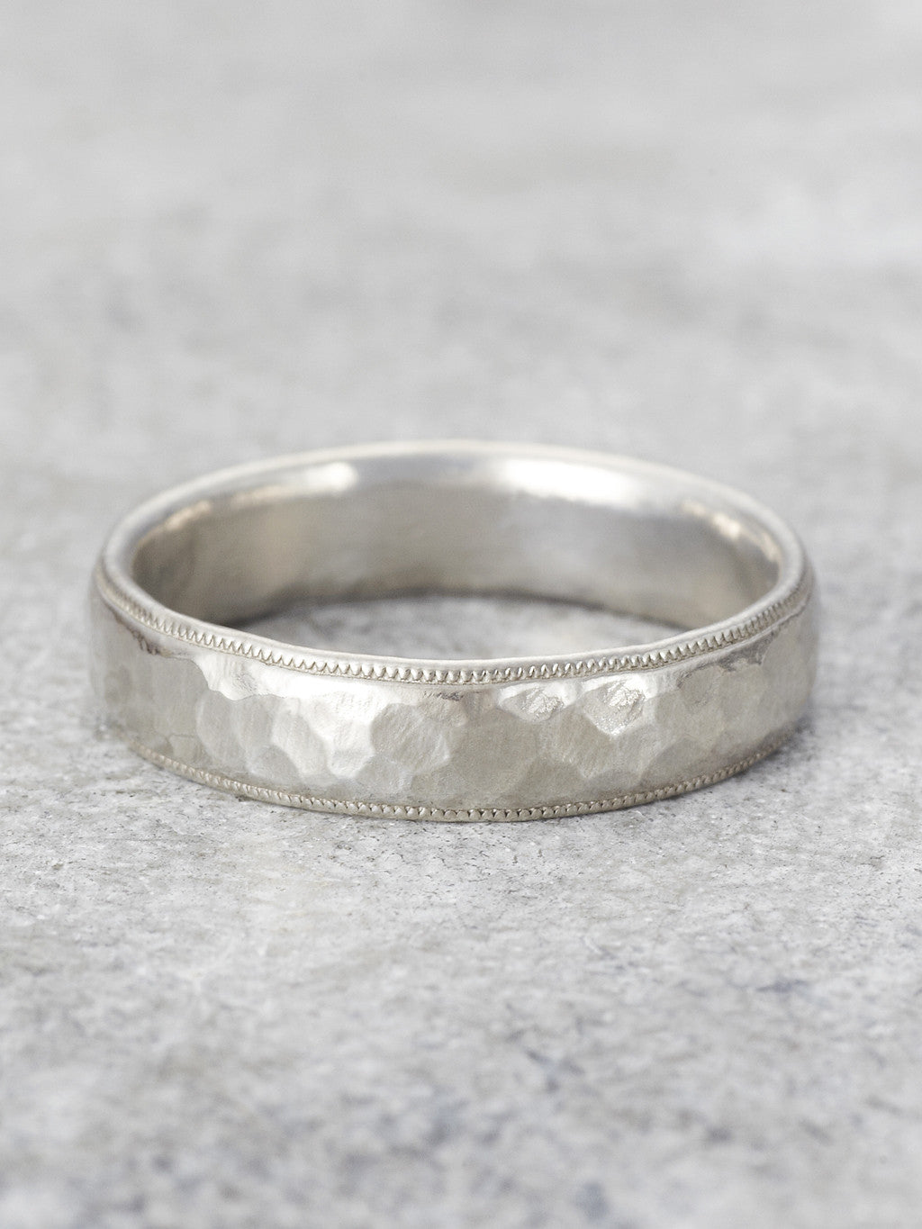 Men's Antique Milgrain Hammered Ring - LUNESSA
