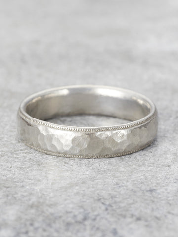 Mens Antique Hammered Band