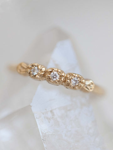 Diamond Petals Wedding Ring - LUNESSA