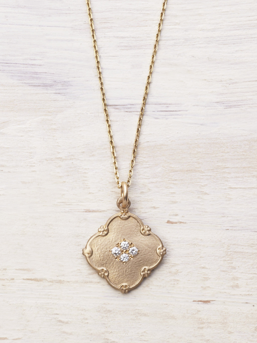 14K Lucky Diamond Clover Necklace - LUNESSA