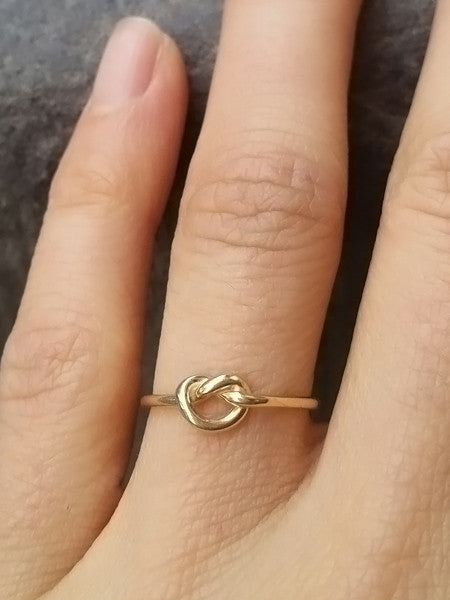 14K Promise Knot Ring - LUNESSA