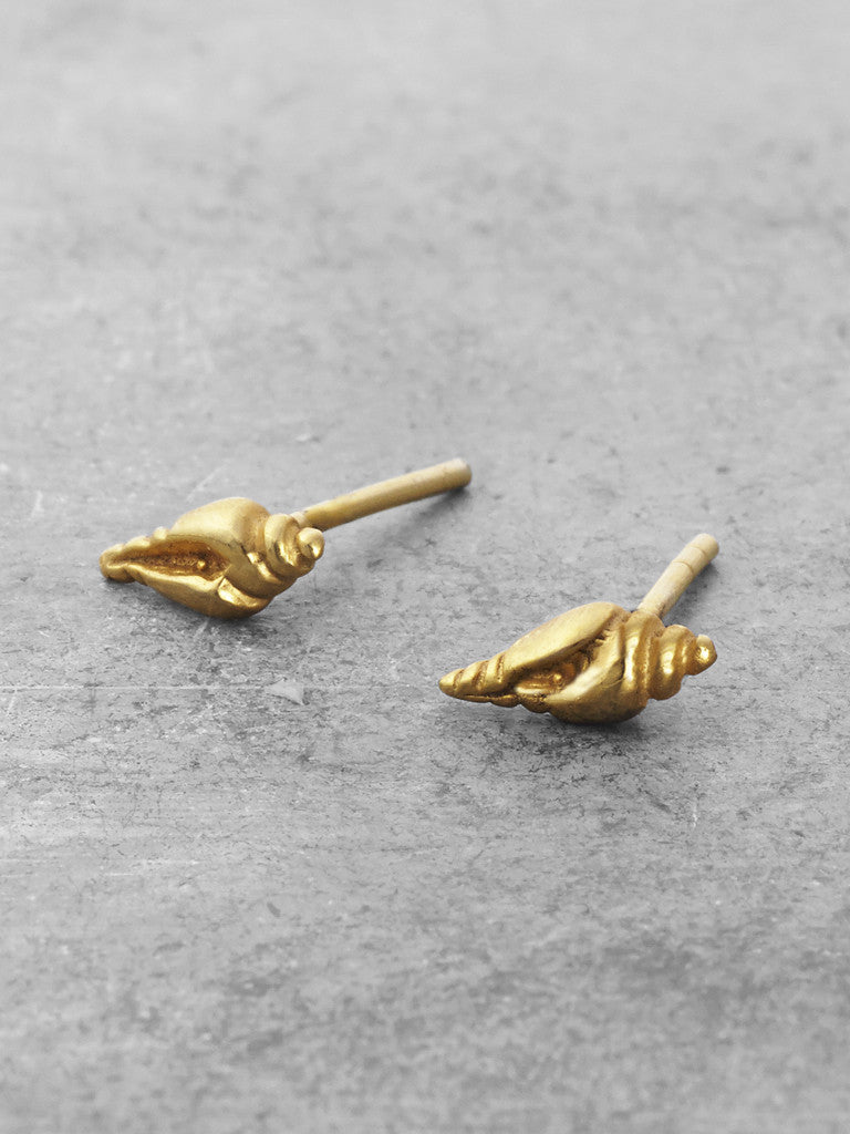 14K Gold Nautilus Shell Post Earrings