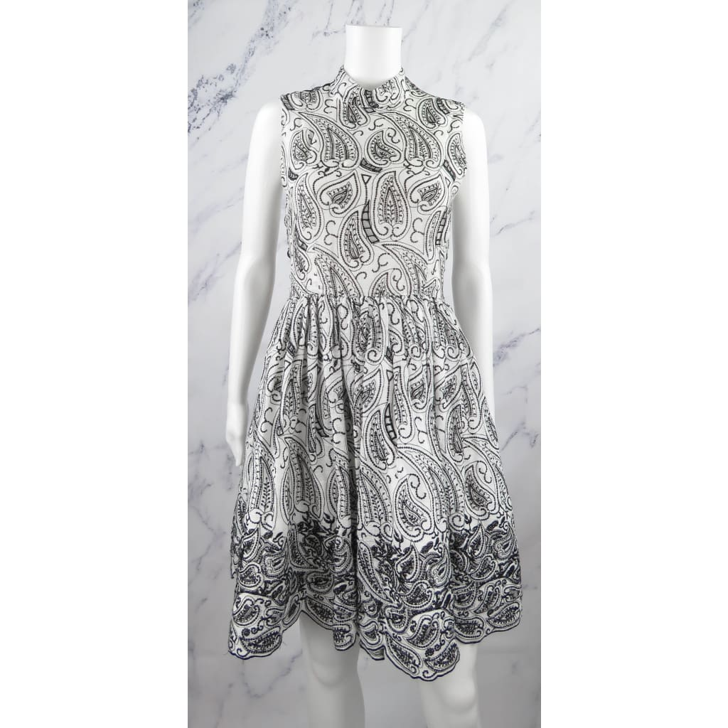 Alice & Olivia Black and White Linen Size 2 Backless Cocktail Dress - Dress