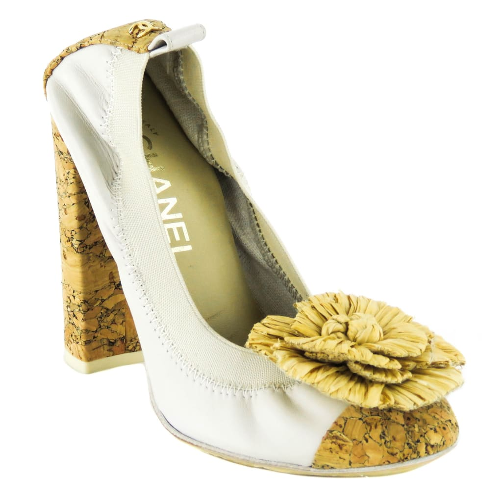 Chanel Beige Leather Cork Raffia Camellia Flower Pumps - Heels