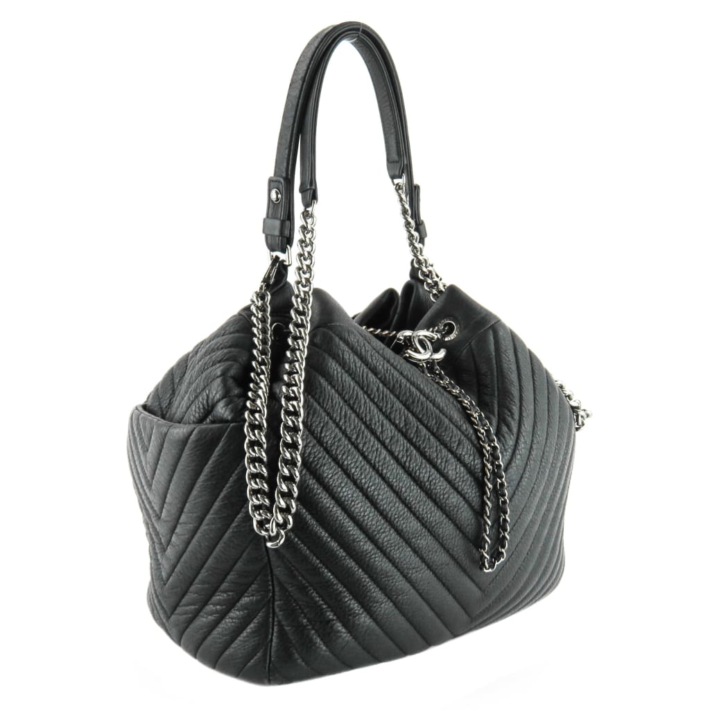 Chanel Black Chevron Deerskin CC Chain Drawstring Bucket Hobo Bag - Hobo Bags