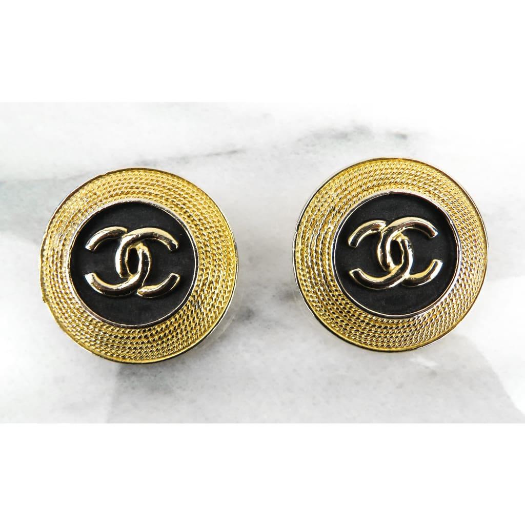 Chanel Black Gold-tone Vintage Thick Trim Clip on Earrings - Earrings