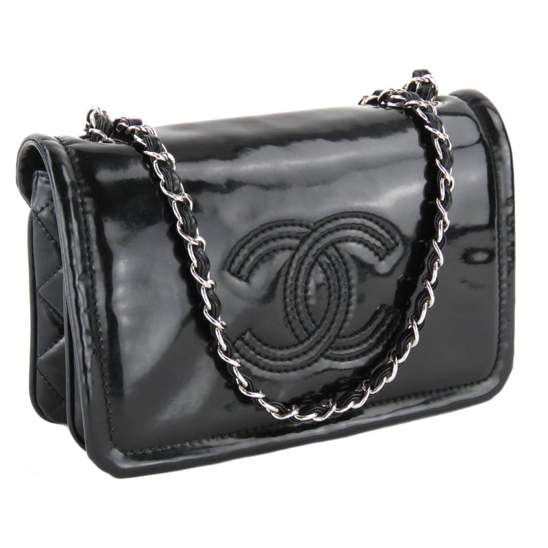 Chanel Black Patent Leather CC Logo Chain Strap Crossbody Bag - Crossbodies