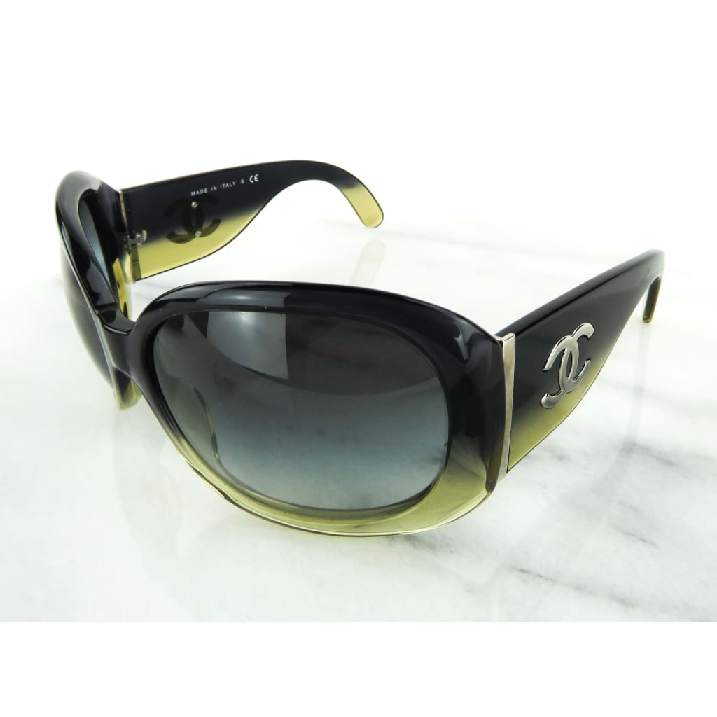 Chanel Black Sunshine Gradient Oversized CC Logo Sunglasses - Sunglasses