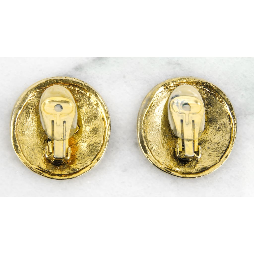 Chanel Gold-tone Vintage 31 Rue Cambon Clip On Earrings - Earrings