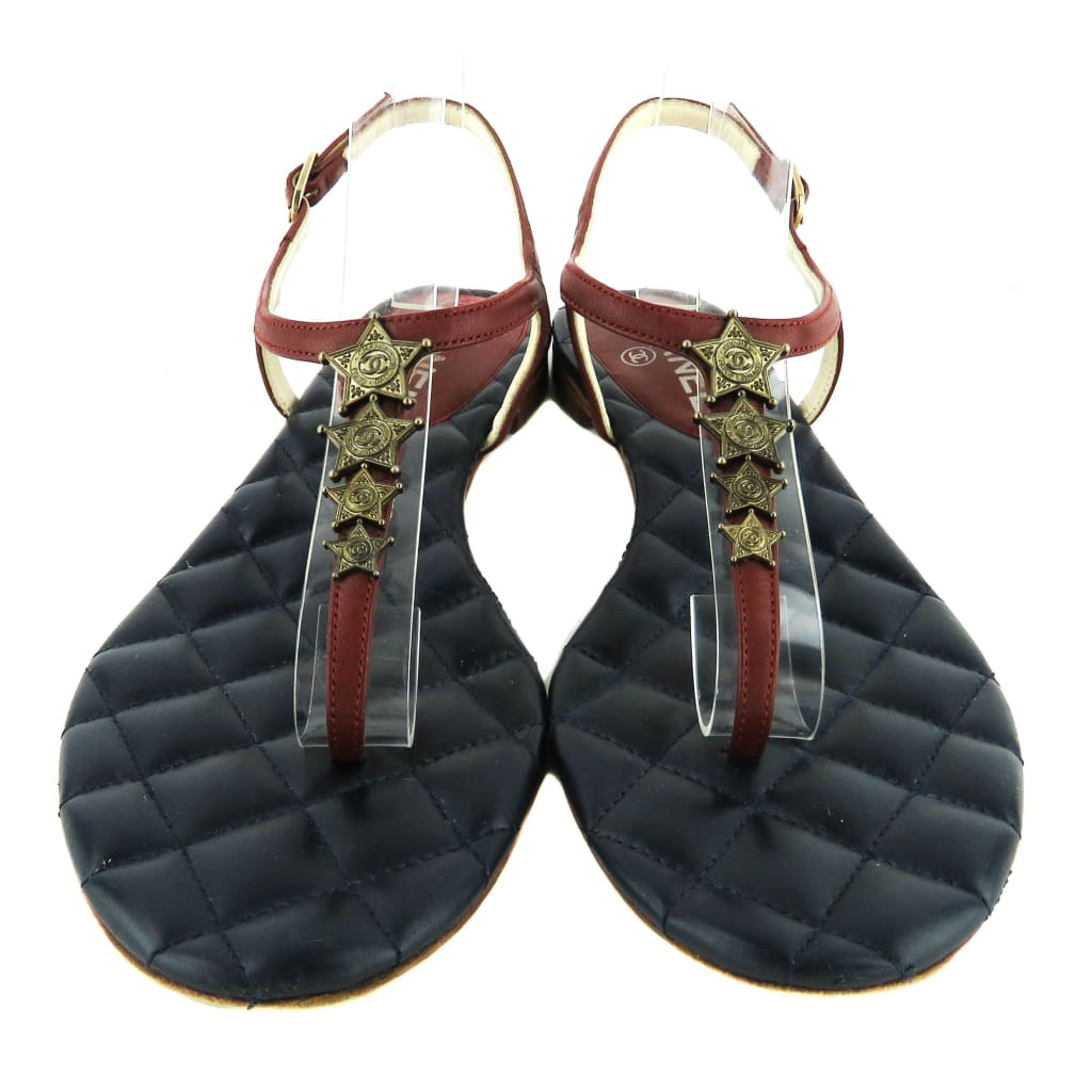 Chanel Navy Blue and Red Leather Paris-Dallas Star T-Strap Thong Sandals - Sandals