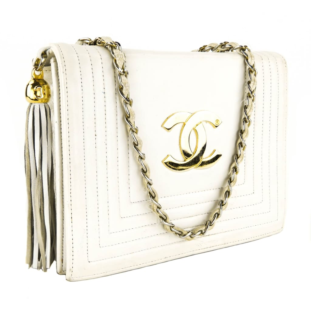 Chanel White Leather Vintage Tassel Chain Strap Shoulder Bag - Shoulder Bags