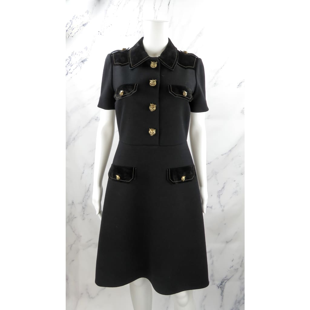Gucci Black Wool and Suede Size 42 Decorative Tiger Button Short Sleeve Dress - Dresses