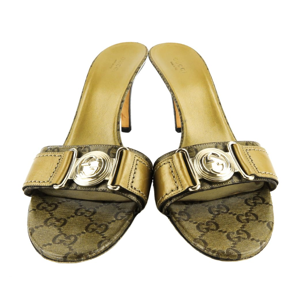 Gucci Gold GG Coated Canvas Gold-Tone Logo Mule Sandal Heels - Mules