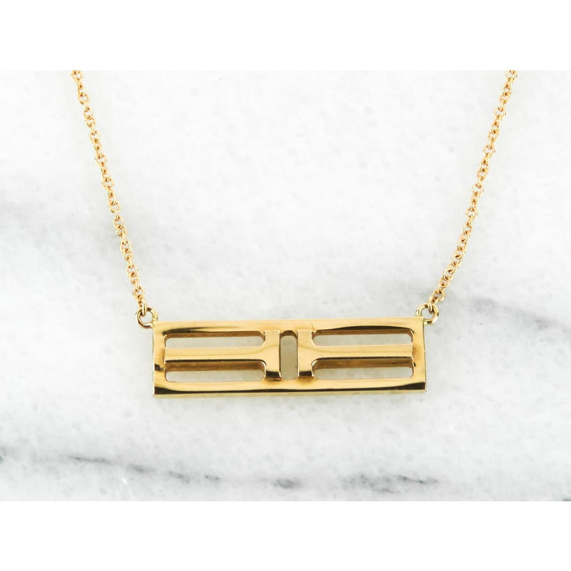 Tiffany & Co 18kt Gold Two T Open Horizontal Bar Pendant Necklace - Necklace