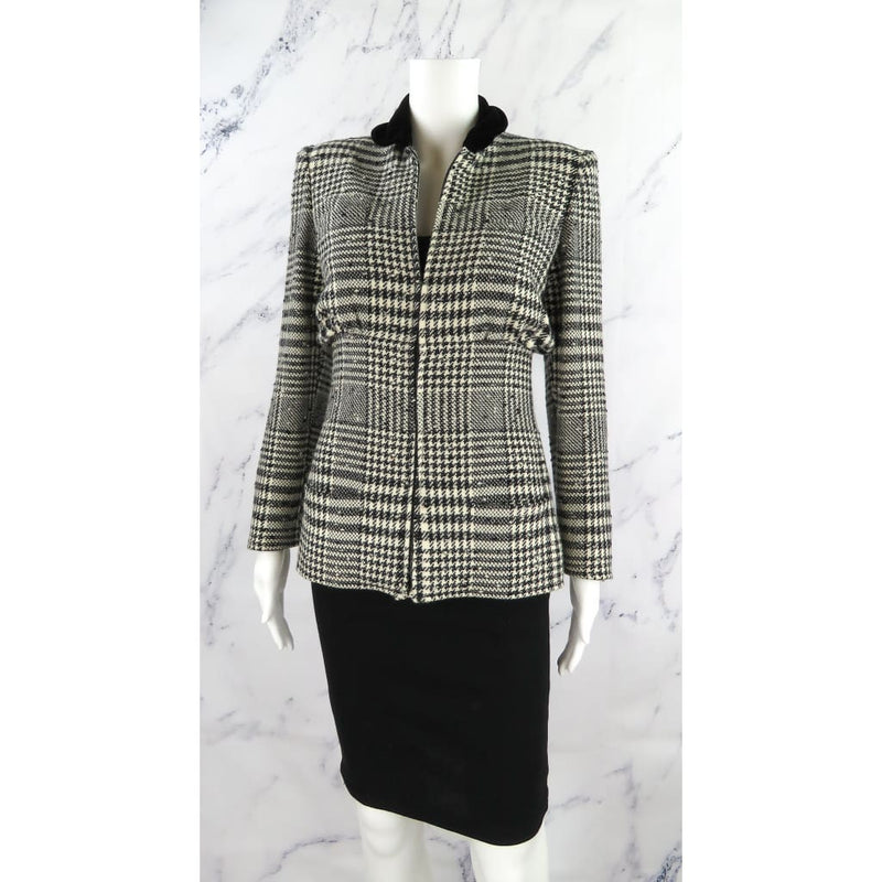 Valentino Boutique Black and White Tweed Small Houndstooth Zip Up Jacket - Jacket