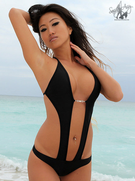 Super sexy keyhole front one piece swimsuit