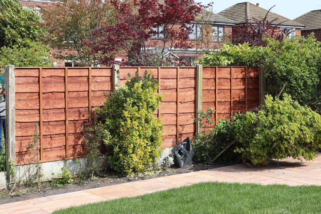 Heavy Duty Waneylap Fence Installed