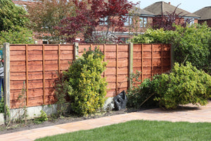 Heavy Duty Waneylap Fence Installed includes new end post and kick boards