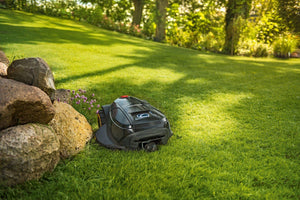 Robotic Lawn Mower XR2 Series - Cub Cadet