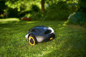 Robotic Lawn Mower XR1 Series - Cub Cadet