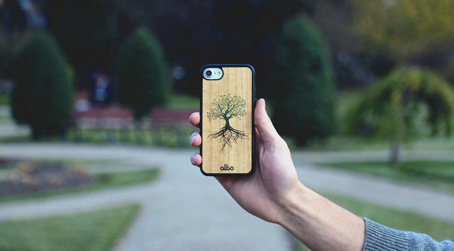 iPhone 7 floating tree case
