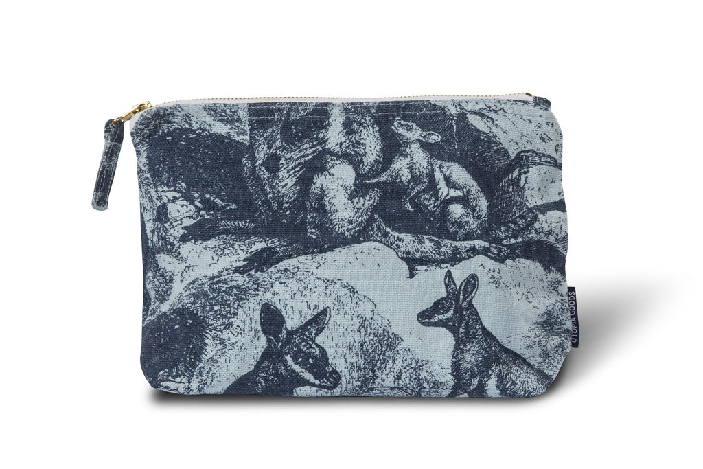 Linen/Cotton Wash Bag, Rock Wallaby - Indigo
