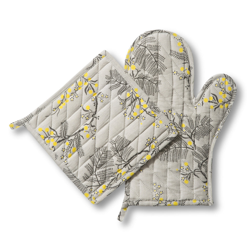 Blackwattle Grey Oven Mitt and Pot Holder Set