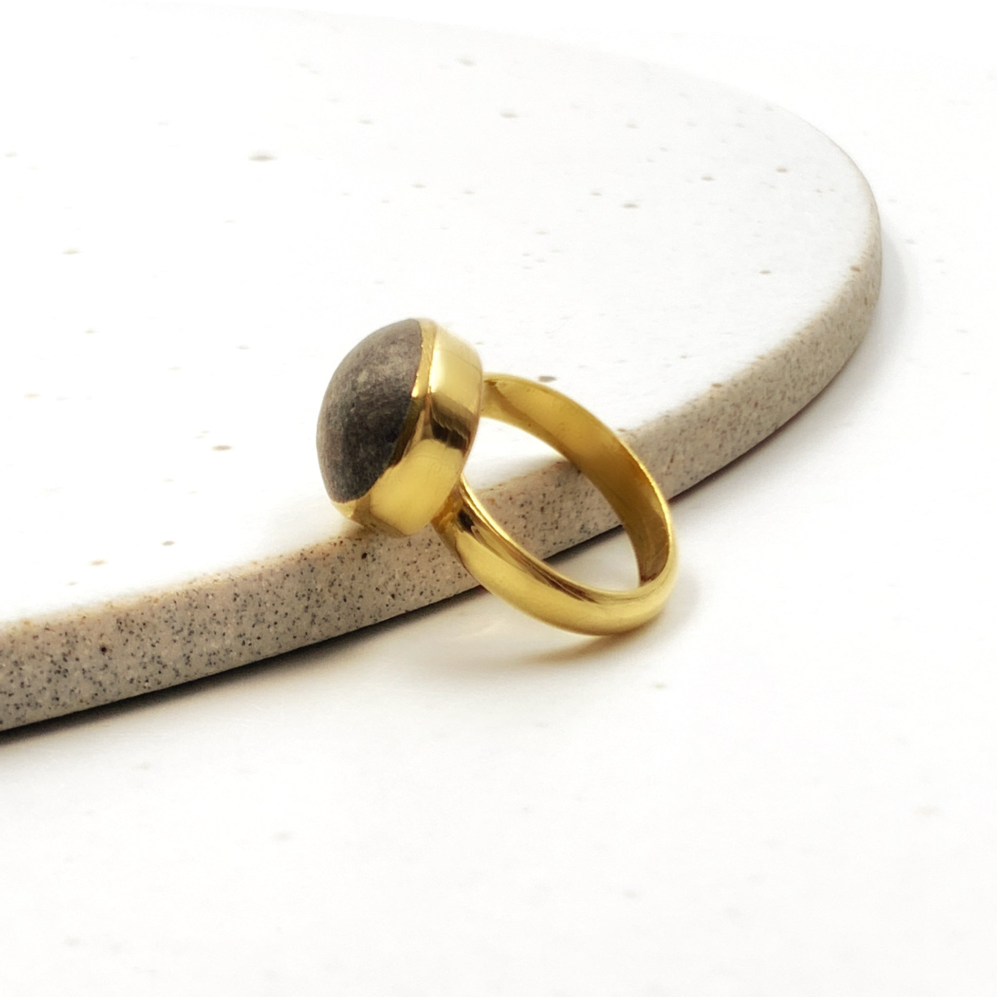 Pebble Bezel Ring
