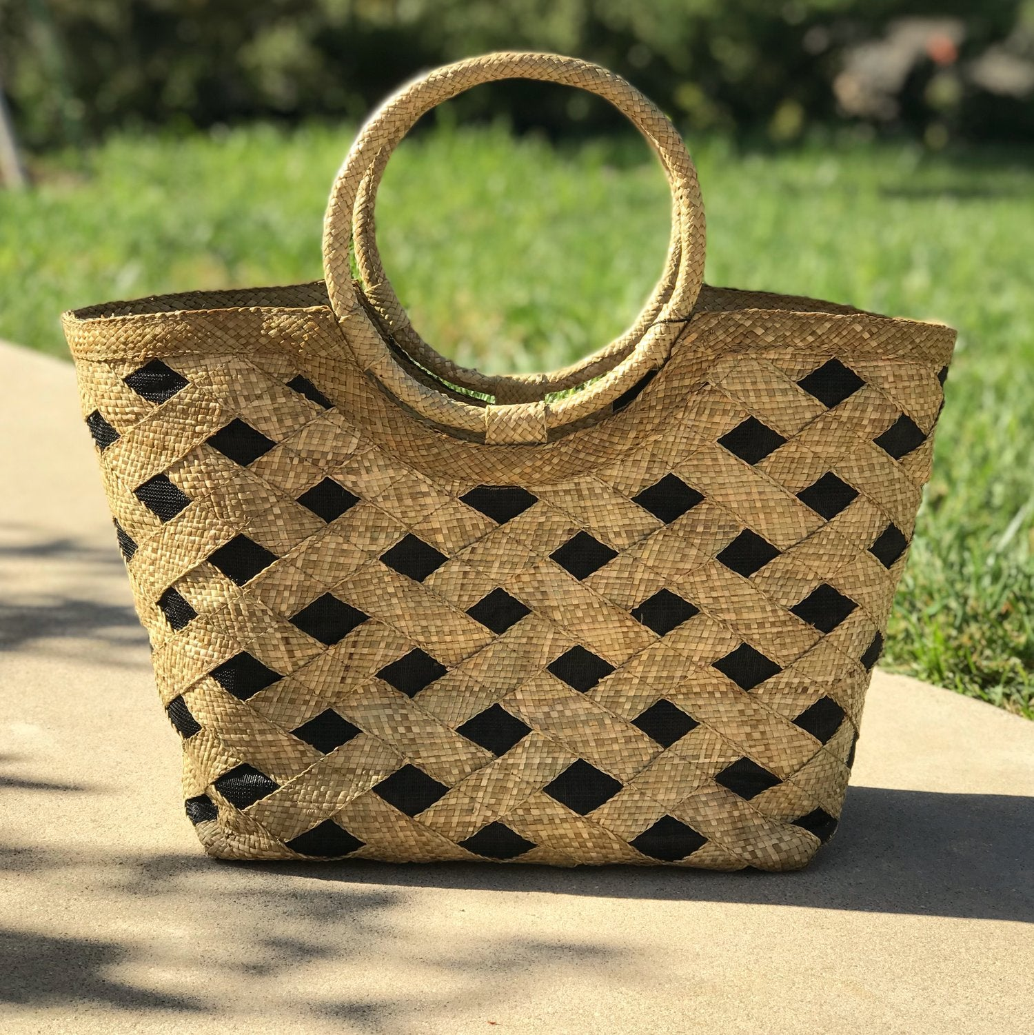 Olivia Tote / Diamond Pattern