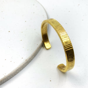 Bangle / Vertical Ribbed
