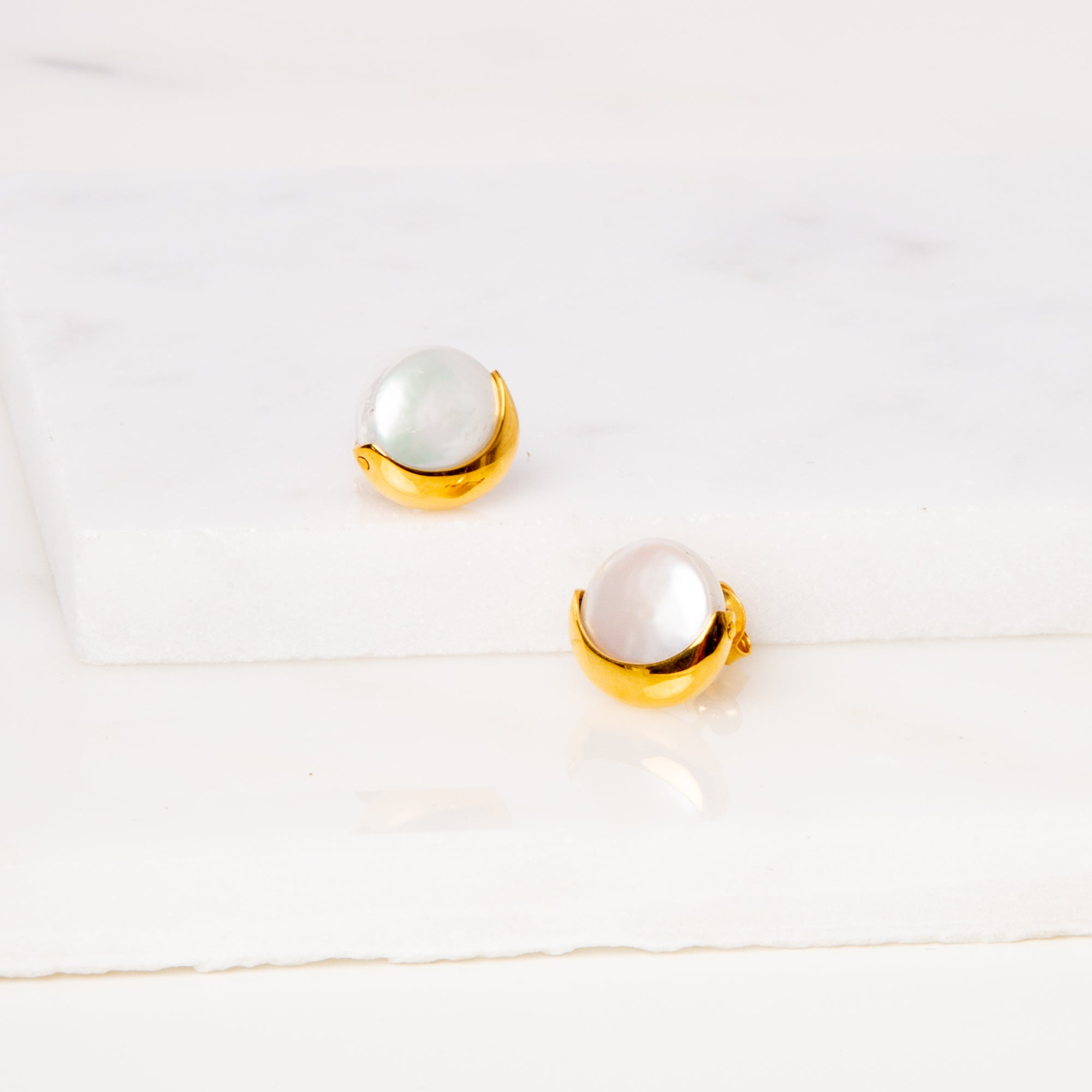 Coin Pearl Earrings / Half Moon