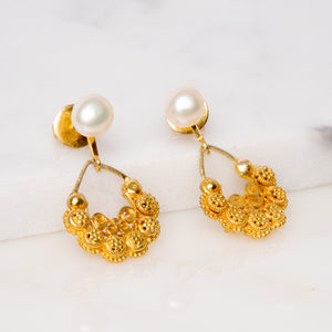 Antique Creolla Tamburin Earrings / White Pearl