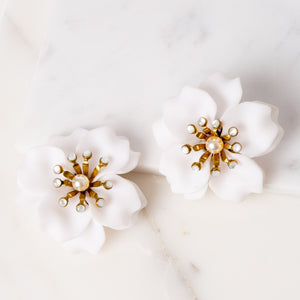 Fleur Anais Earrings / White