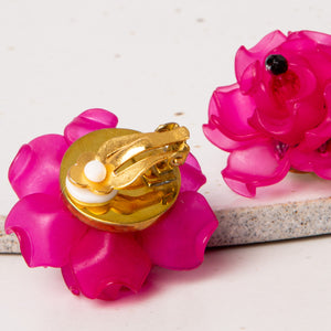 Fleur Petite Earrings / Fuschia