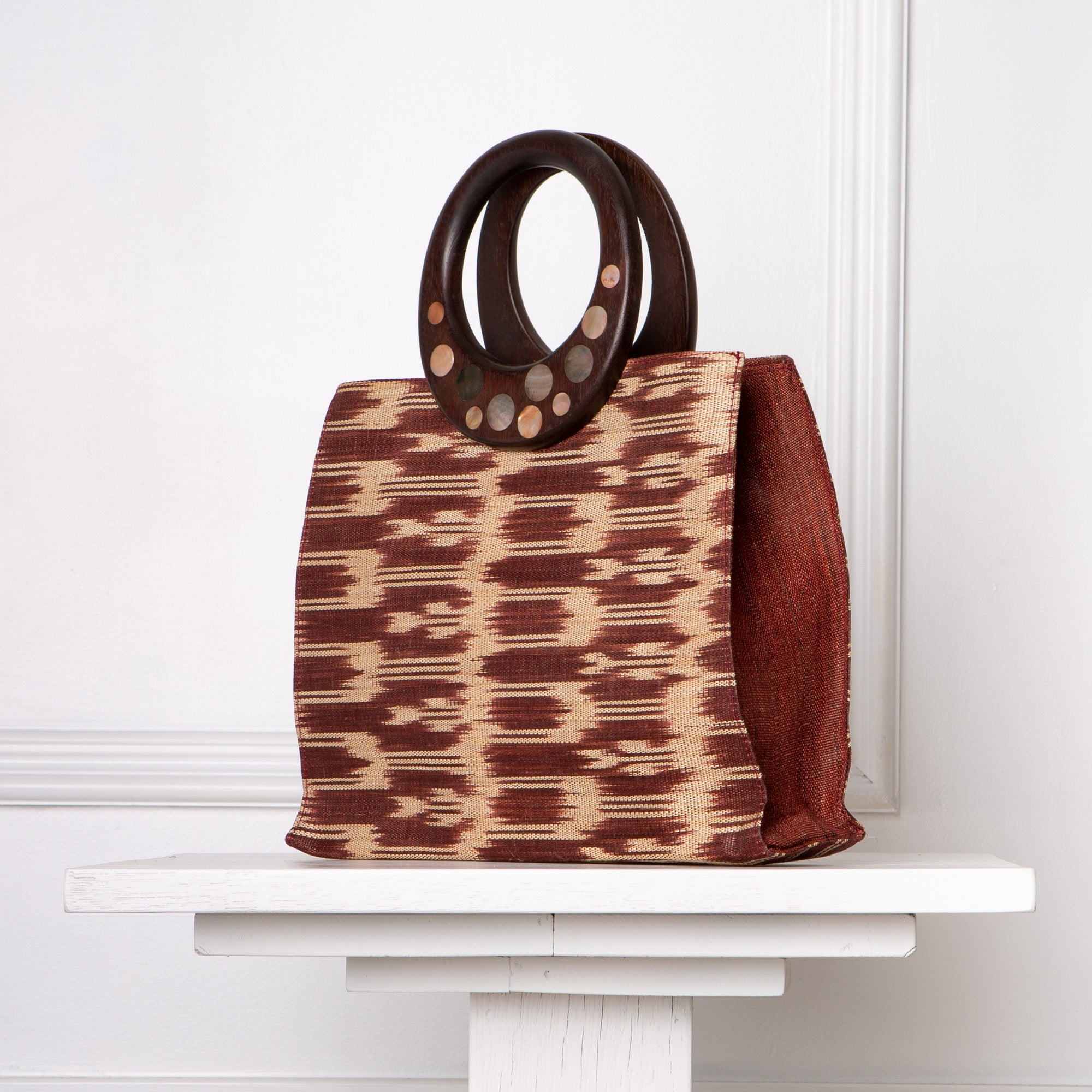 Cecilia Ikat Handbag / Brown