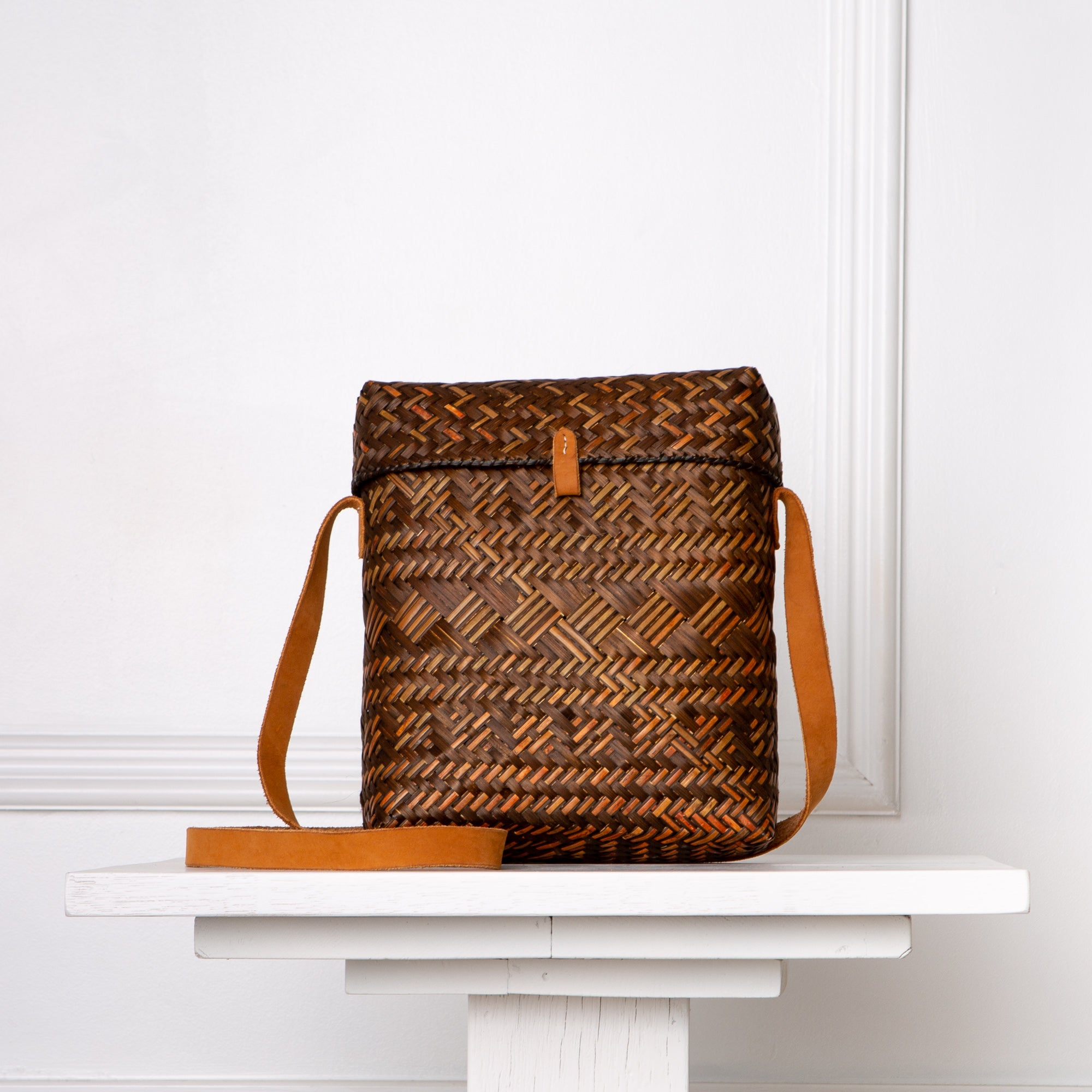 Kali Crossbody / Brown