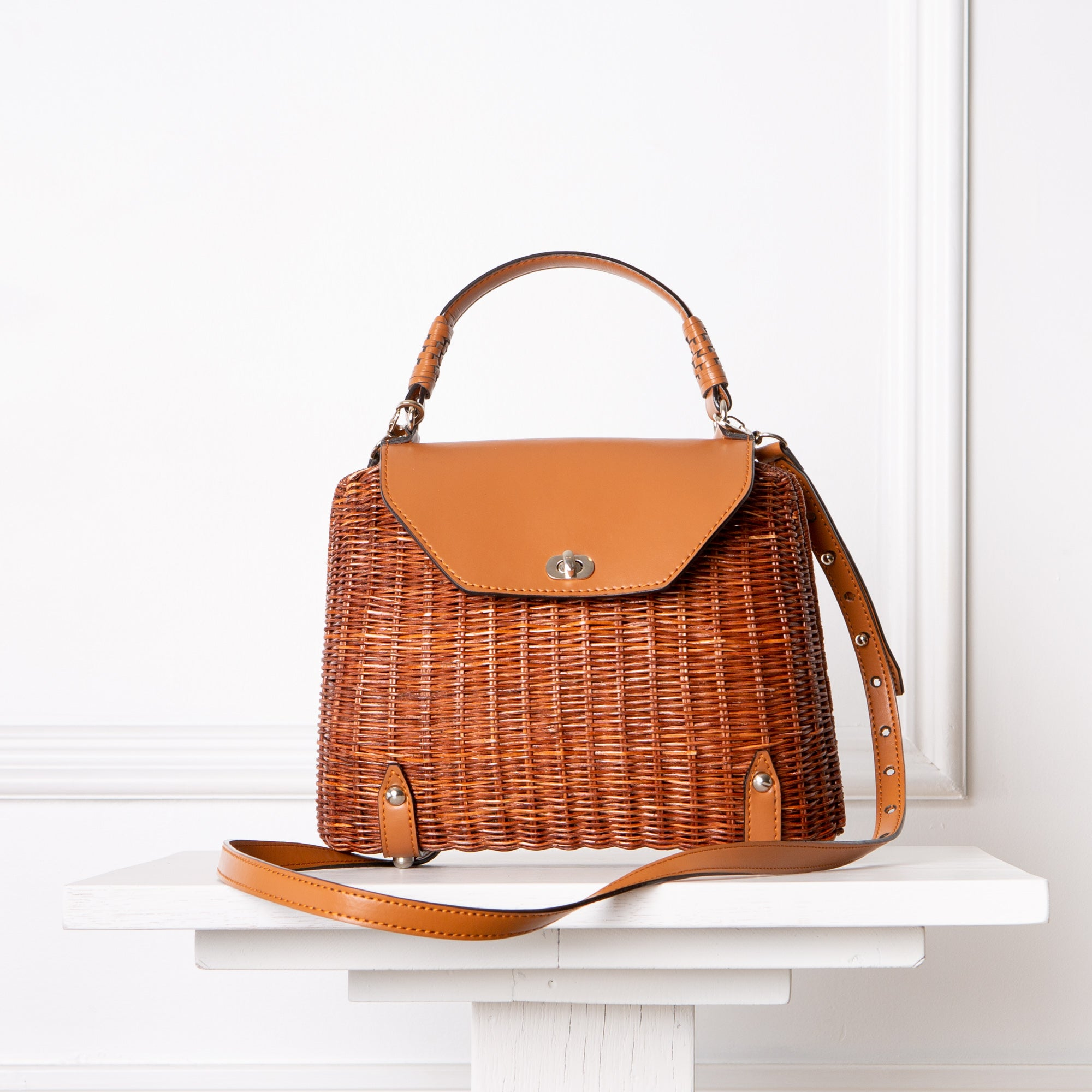 Clara Handbag / Honey Brown