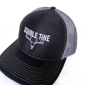 Double Tine Gray Logo on Black Richardson 112