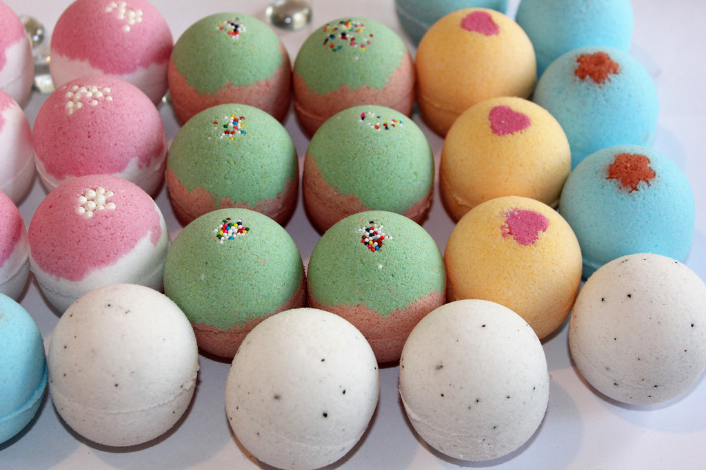 How to Make Bath Bombs in High Humidity