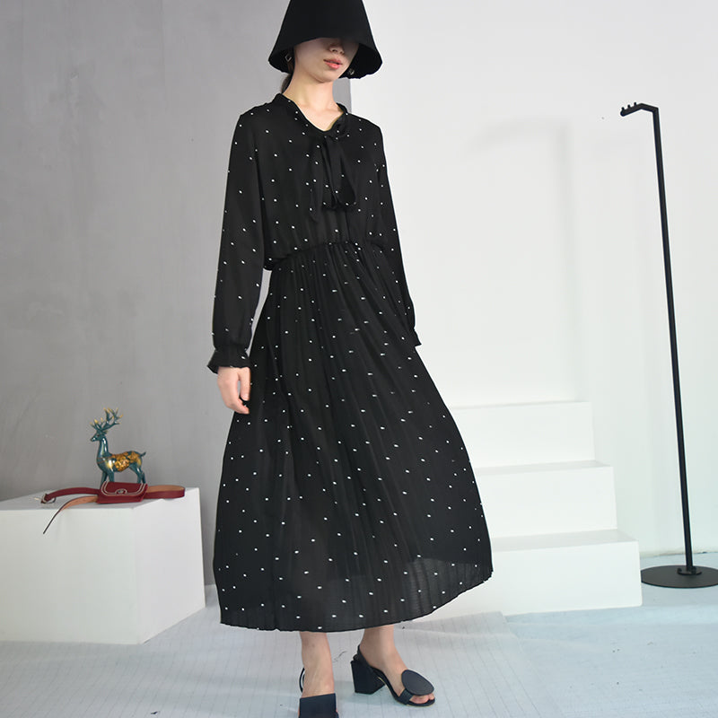 Round Neck Long Sleeve Solid Black Chiffon Dot Loose Dress in Black Colour / Vintage Women Fashion - HARD'N'HEAVY