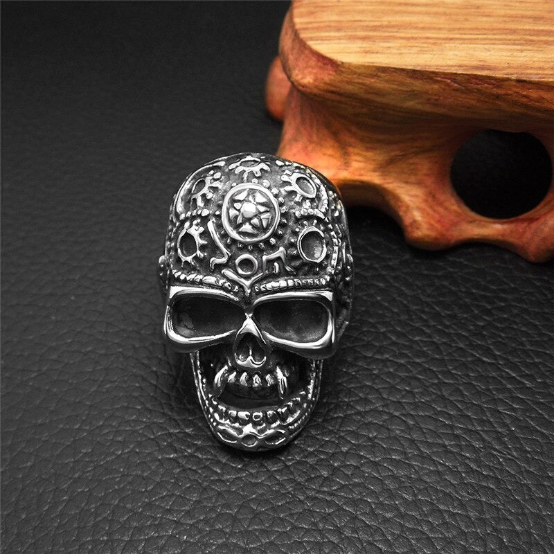 Stainless Steel Big Skull Ring / Punk Rock Retro Mens Womens Alternative Fashion Jewelry - HARD'N'HEAVY