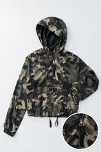 Load image into Gallery viewer, Camo Windbreaker