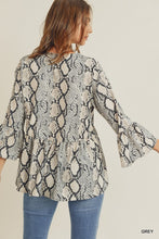Load image into Gallery viewer, Snakeskin Blouse