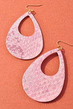 Load image into Gallery viewer, Shimmering Snake Earrings