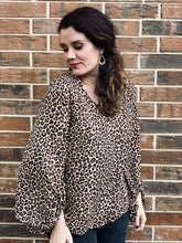 Load image into Gallery viewer, Leopard Balloon Sleeve Blouse
